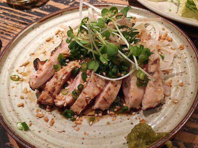「ちゃぶや」地鶏タタキ