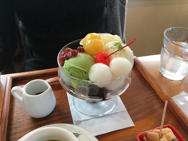「小川珈琲 洛西店」抹茶クリームあんみつ